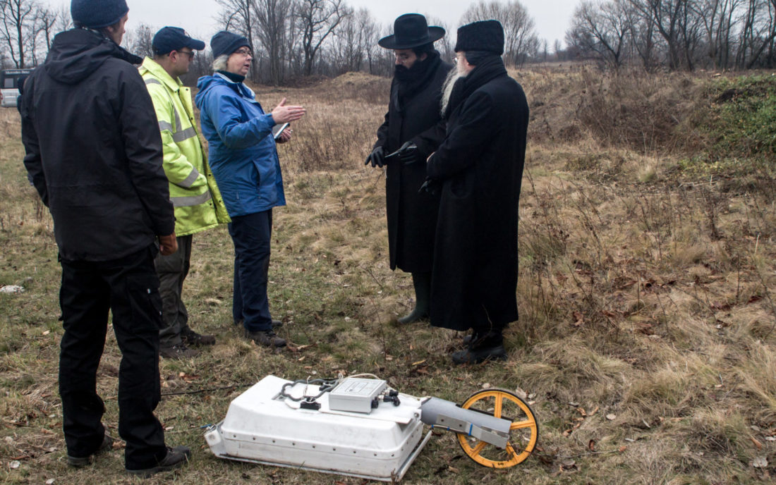 Representatives of the Committee for the Preservation of Jewish Cemeteries in Europe monitor non-invasive ground survey in Vakhnivka, November 2016