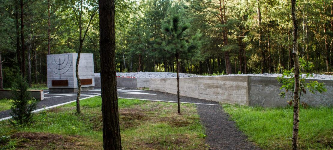 Prokhid memorial site, July 2015